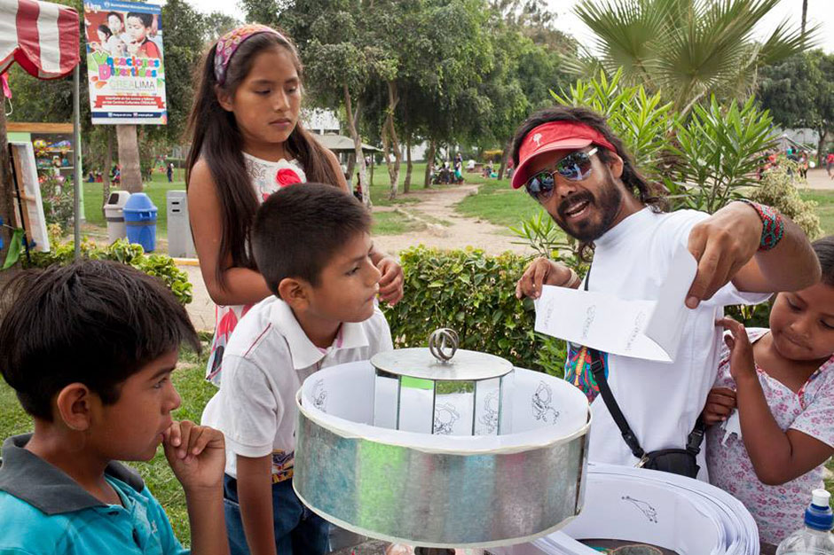 Our friends at Psicopompo Perro Negro Cultural Association providing an animation workshop to children at the Festival de Cultura Viva en Comunidad (Festival of Cultural Life in Community) in Villa el Salvador, Lima, Peru.
